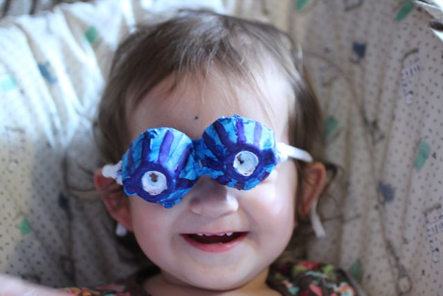 Crazy Eyes Goggles An Egg Crate Kids Craft 365 Days Of