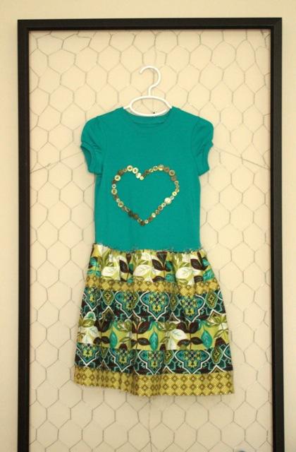 Ruffled T-shirt dress