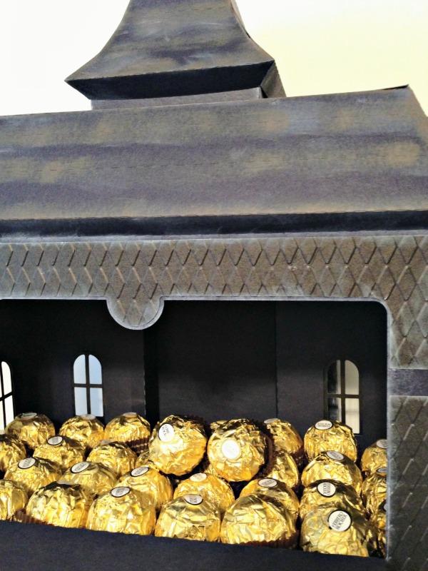 DIY Haunted House, handmade papercrafts