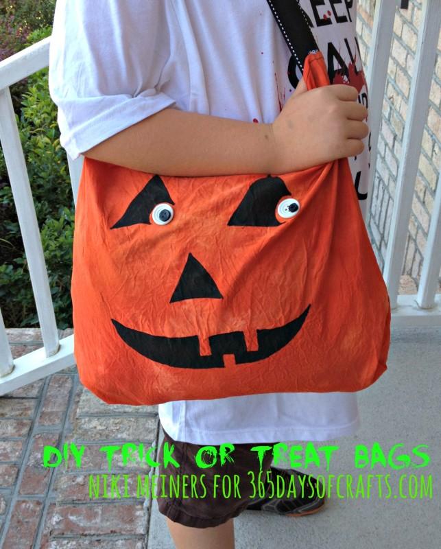 sewn pumpkin trick or treat bag