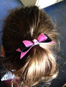 easy no sew hair bow from die cut