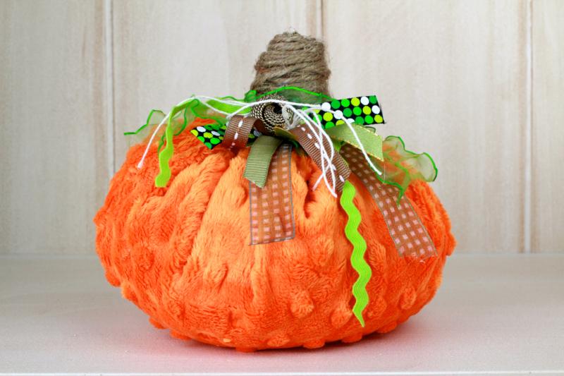 junk bow pumpkin Minky fabric Pumpkins