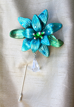 Winter-Pin clay floral  stick pin craft