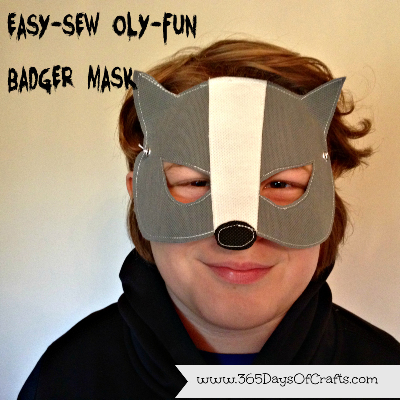 15 - 365 Days of Craft - 15 Minute Badger Mask halloween costumes